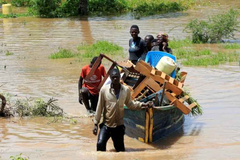 Floods and landslides have been concentrated in western Kenya [Thomas Mukoya/Reuters]