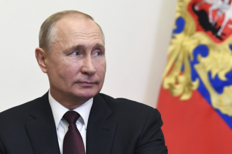 Putin S Rating Is Collapsing As Anger Grows In Russia Russia Al Jazeera