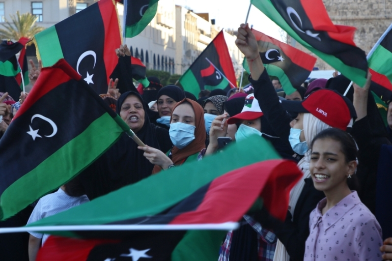 Libyans gather at Martyrs Square in Tripoli to celebrate the GNA retaking the Tarhuna and Bani Walid towns from the forces of renegade commander Haftar [Anadolu Agency]
