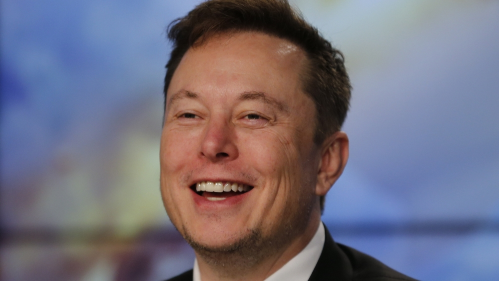 Tesla could still hit 500,000-vehicle target this year, Musk says thumbnail