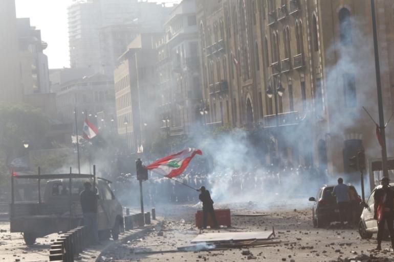 Protesters Raid Gov T Buildings As Fury Grows Over Beirut Blast Middle East Al Jazeera