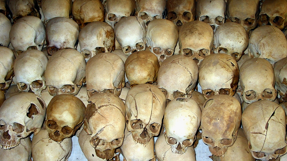 Prancis memikul 'tugas berat' atas genosida Rwanda thumbnail