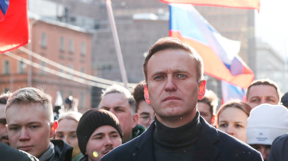 'You are good people:' Navalny thanks Russian pilots, medics