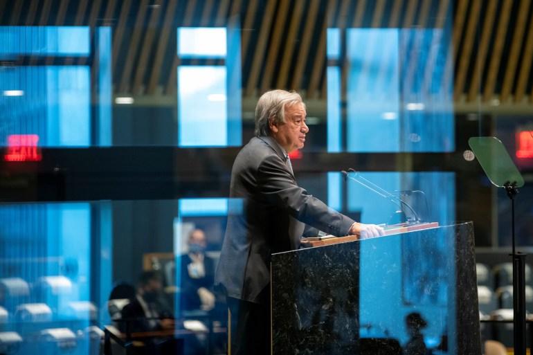 Antonio Guterres berbicara dalam Sidang Umum PBB tahunan ke-75, yang sebagian besar diadakan karena pandemi virus korona di New York City, AS [Perserikatan Bangsa-Bangsa / Handout via Reuters]