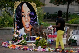 A woman visits the memorial for Breonna Taylor in Louisville, Kentucky, the United States [File: Bryan Woolston/Reuters]