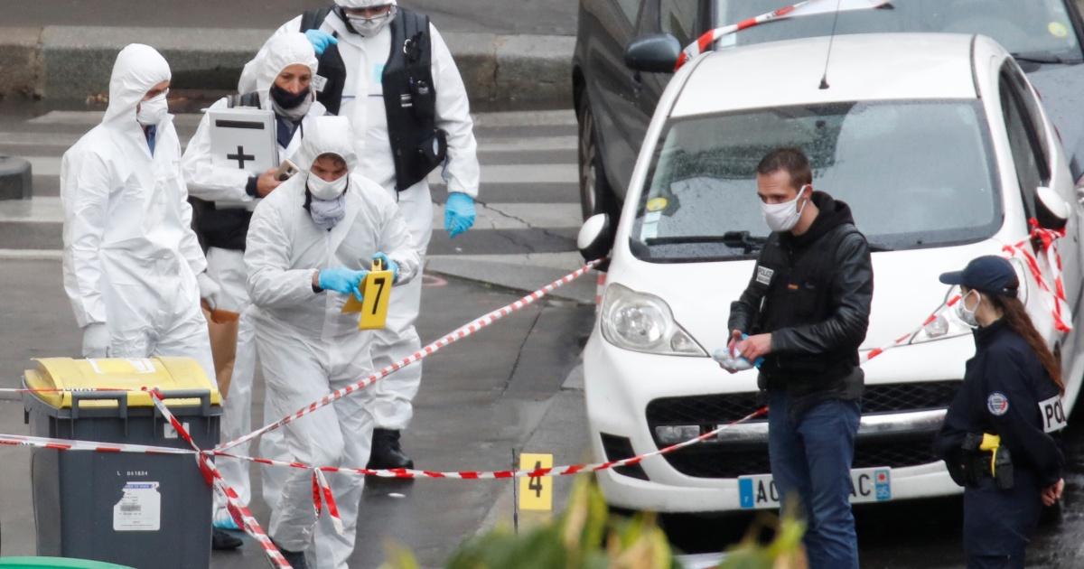 Parisians React To Attack Near Charlie Hebdo S Former Offices France Al Jazeera