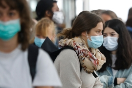 France reports more than 10,000 new coronavirus cases: Live news