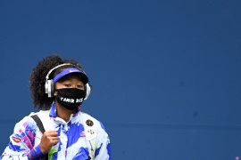 FILE PHOTO: Sep 12 2020; Flushing Meadows, New York, USA; Naomi Osaka of Japan walks onto the court wearing a mask with the name of Tamir Rice prior to her match against Victoria Azarenka of Belarus (not pictured) in the women's singles final on day thirteen of the 2020 U.S. Open tennis tournament at USTA Billie Jean King National Tennis Center. Mandatory Credit: Danielle Parhizkaran-USA TODAY Sports/File Photo (Reuters)