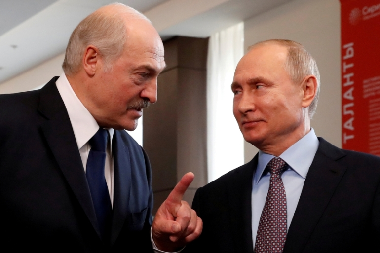 Lukashenko Seeks Putin S Help In Attempt To Survive Mass Protests Europe Al Jazeera