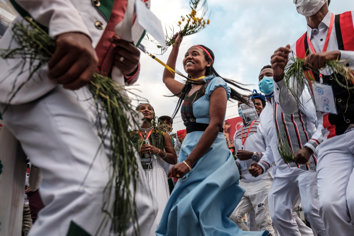 Irreecha marks the end of the rainy season and the start of the harvest season. [Eduardo Soteras/AFP]