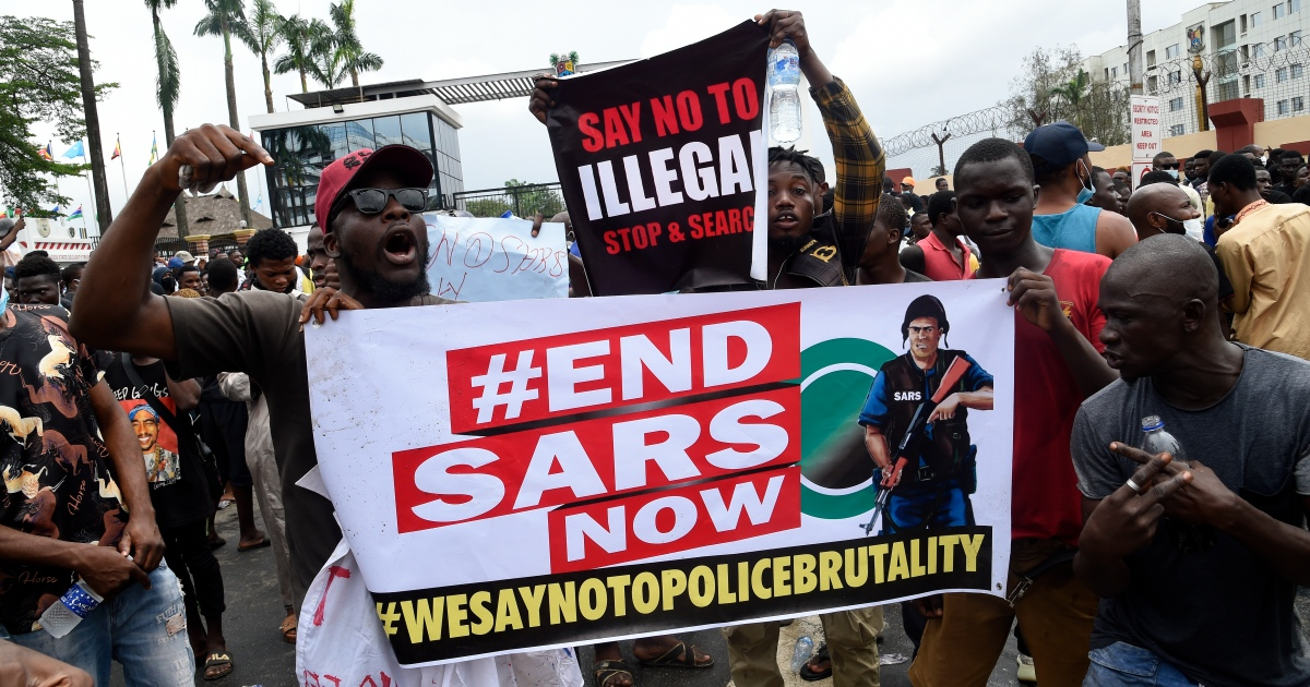 #EndSARS: Nigerians protest against police brutality thumbnail