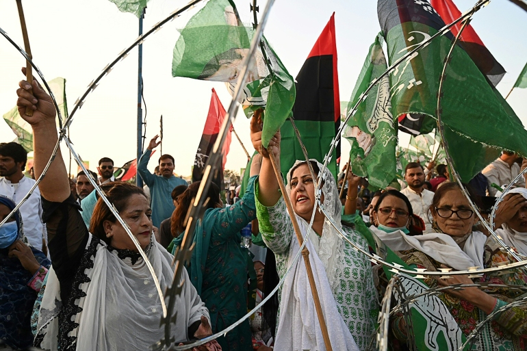 Activists of the newly formed Pakistan Democratic Movement (PDM) rally in the eastern city of Gujranwala [Arif Ali/AFP]