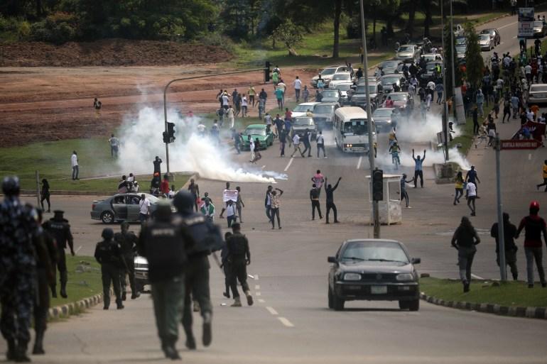 Nigeria: Curfew in Lagos amid anti-police brutality protests | Nigeria | Al  Jazeera
