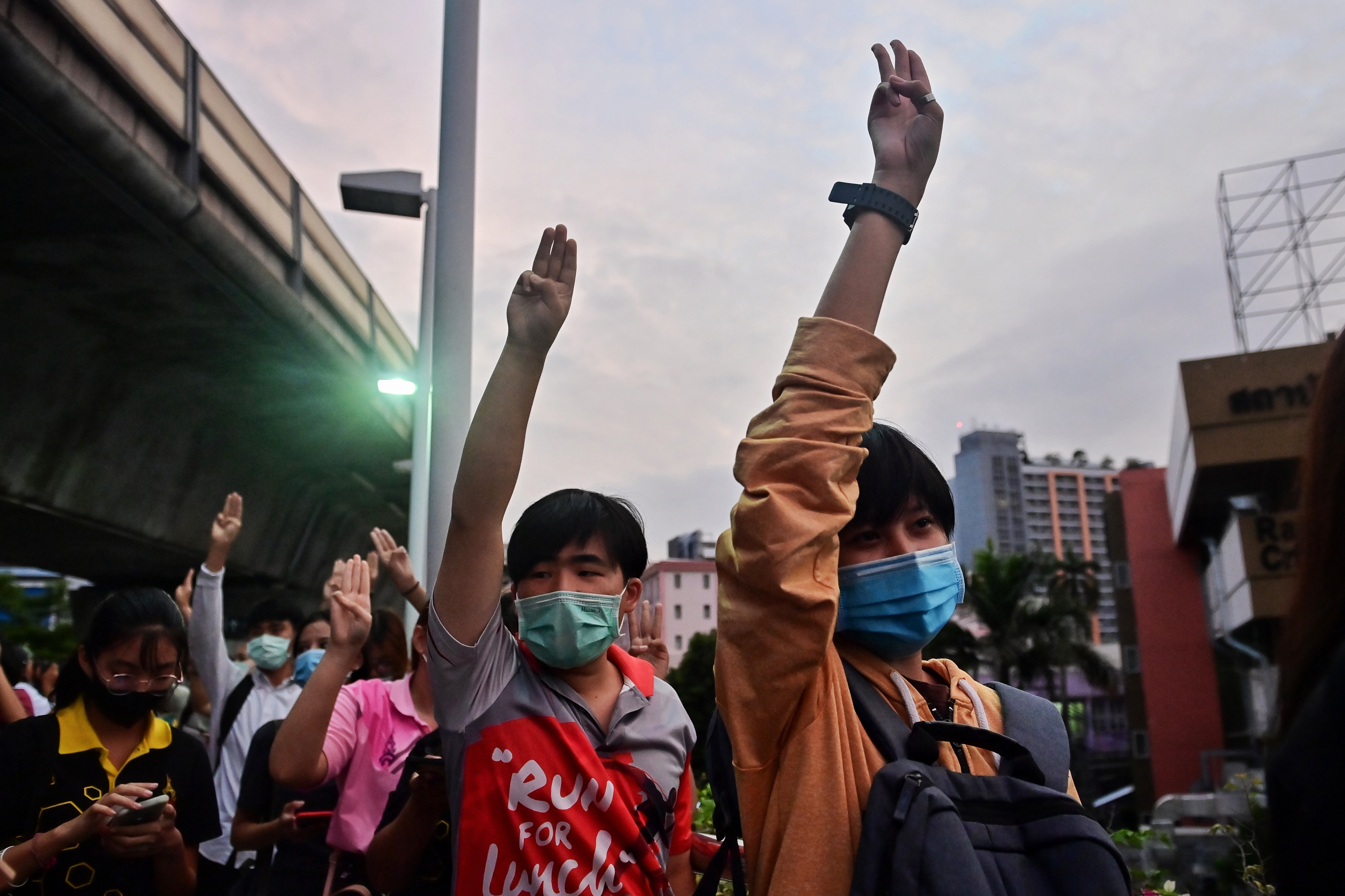 Thai cabinet agrees special parliament session amid protests, media says
