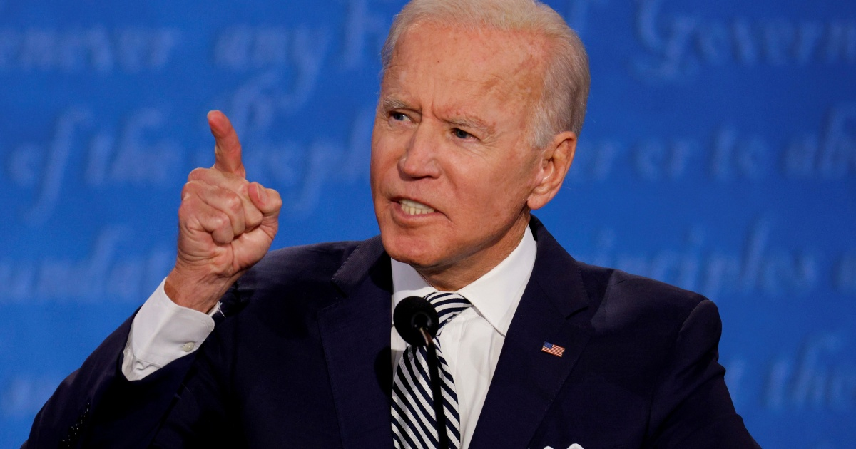 Biden campaign seeks to keep focus on national COVID-19 response thumbnail