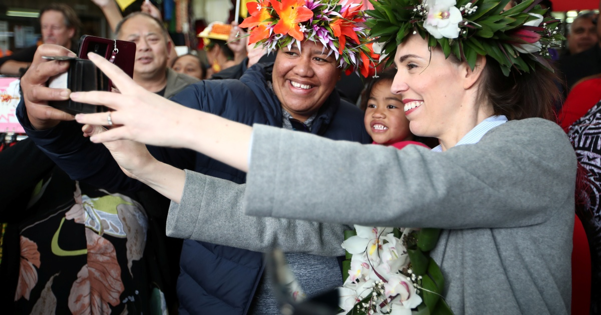 'Jacindamania' set to return Jacinda Ardern as New Zealand PM thumbnail