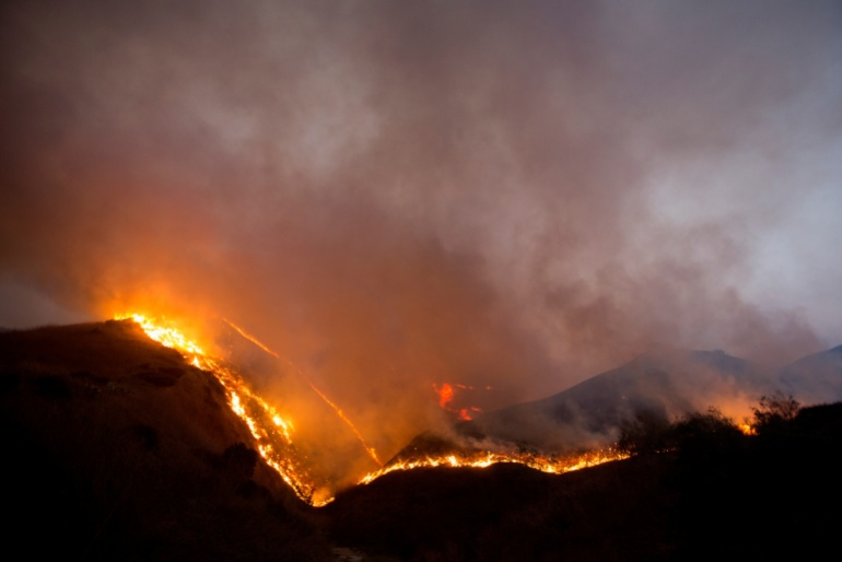 US: Nearly 100,000 evacuated in California as wildfires rage