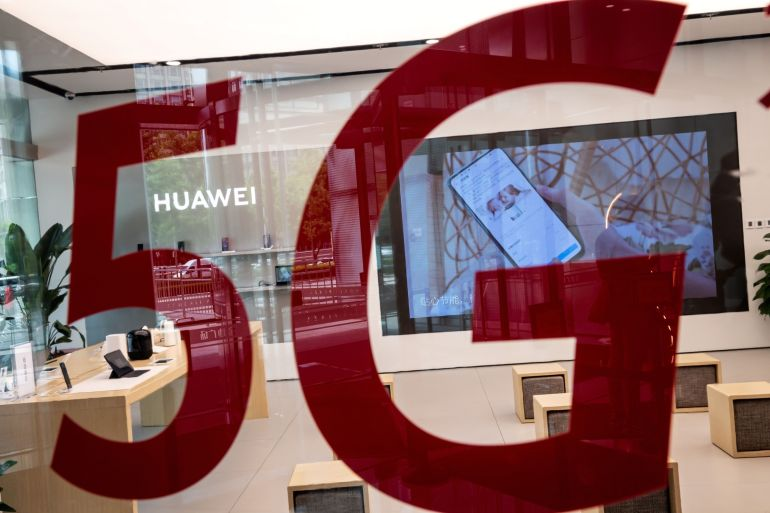The motion passed by Canada's Conservative opposition called on the government to officially ban Huawei 5G in 30 days and counter Chinese operations aimed at intimidating Chinese nationals in Canada [File: Nicolas Asfouri/AFP/Getty Images via Bloomberg]