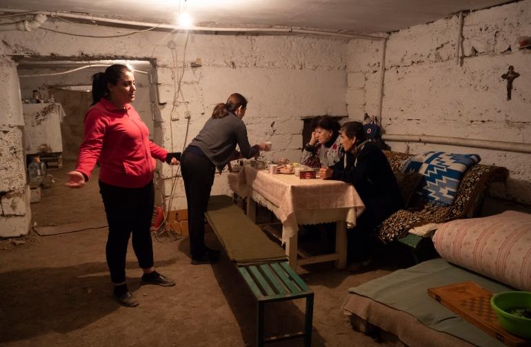 Nagorno-Karabakh: Sirens, shelling and shelters in Stepanakert