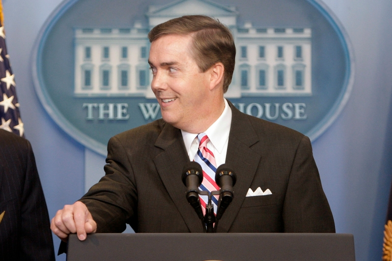 In this file photo from 2007, White House Correspondents' Association President Steve Scully appears at a ribbon-cutting ceremony for the James S Brady Press Briefing Room at the White House [File: Ron Edmonds/AP Photo]