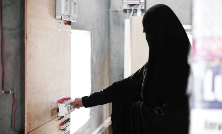 Yemen's 'microgrid girls' power community amid war and COVID-19