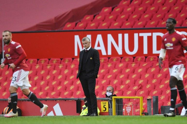 Manajer Manchester United Ole Gunnar Solskjaer melihat timnya bermain melawan klub London Tottenham Hotspur [File: Oli Scarff / Reuters]