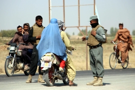 As the fighting intensified and security situation deteriorated, tens of thousands of people fled to Lashkar Gah city in Afghanistan [Watan Yar/EPA]