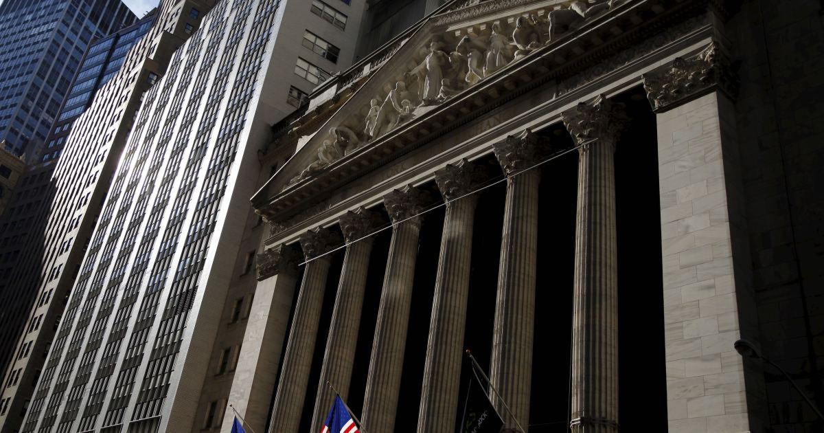 US stocks edge higher on vaccine hope, upbeat retail numbers