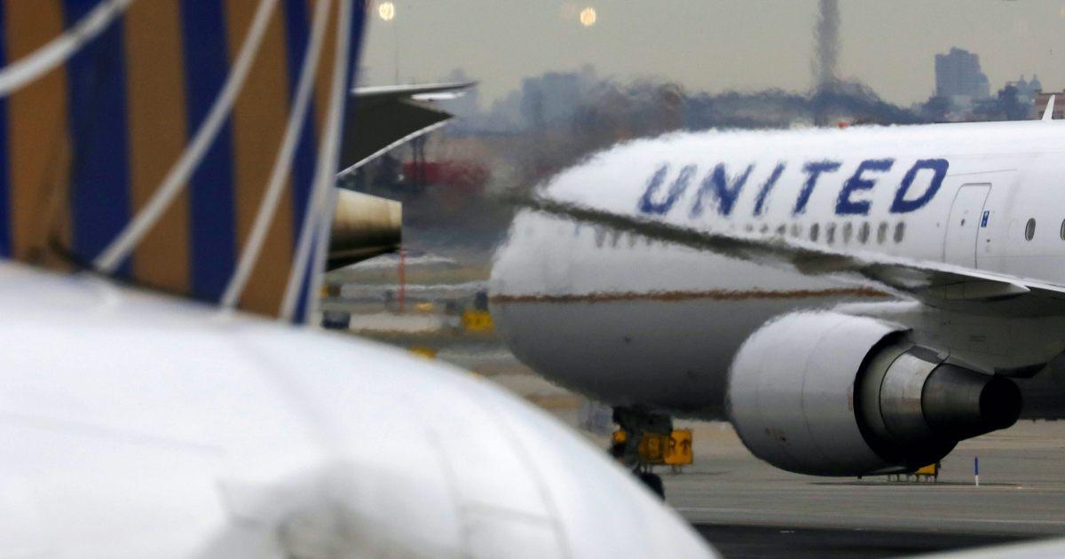 Nosedive: United Airlines revenue drops 78 percent in Q3 thumbnail