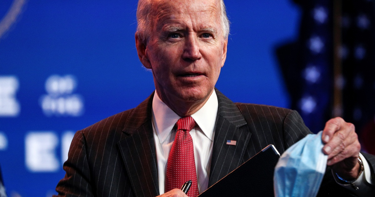 Biden calls for national mask mandate to fight COVID-19