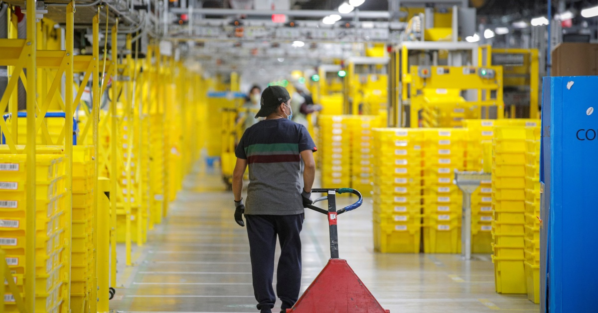 On eve of Black Friday, Amnesty pushes Amazon on workers' rights