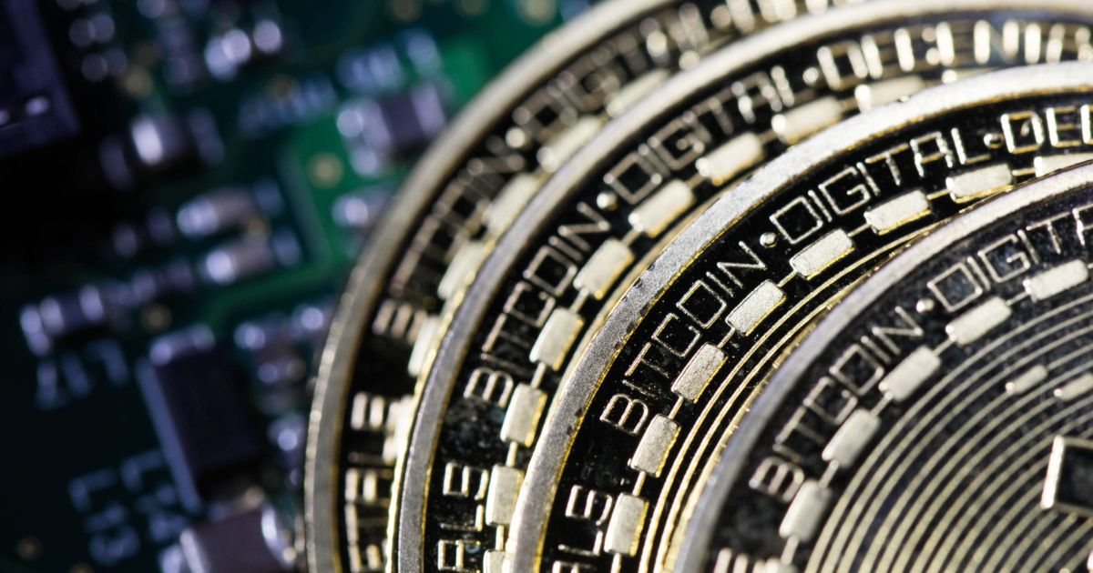 Bitcoin hits $40,000 after doubling in value in the last month thumbnail