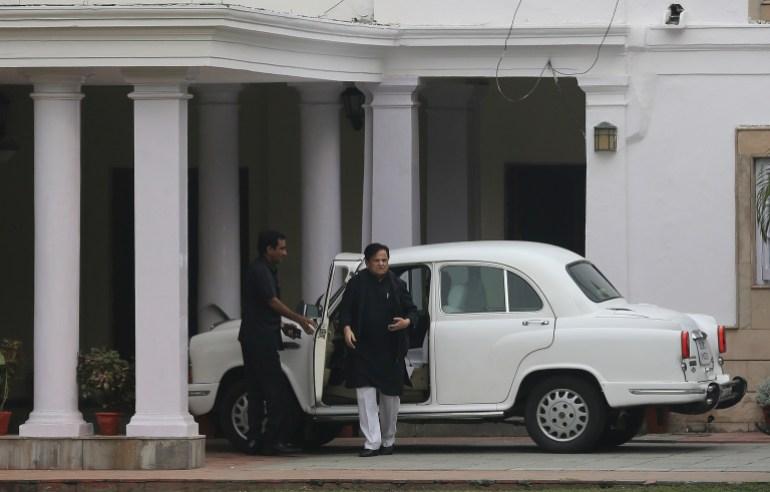 Ahmed Patel: Leader Of India's Congress Party Dies Of Coronavirus