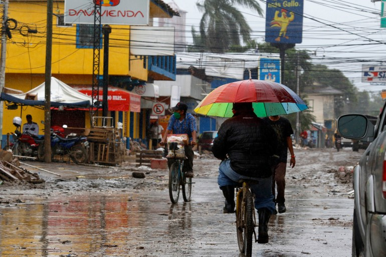 On Tuesday morning, Iota still carried hurricane-force winds as a Category 1 storm, moving inland over northern Nicaragua [Delmer Martinez/AP Photo]
