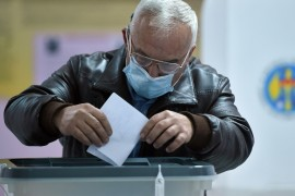 Moldovans vote in presidential election under Moscow's gaze
