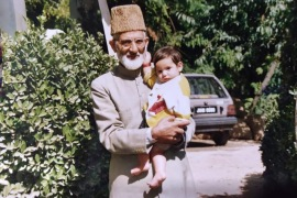 Syed Ali Shah Geelani, one of the most prominent figures in the Kashmiri resistance movement, has been under house arrest in Indian-administered Kashmir for years [Photo courtesy of Ruwa Shah]