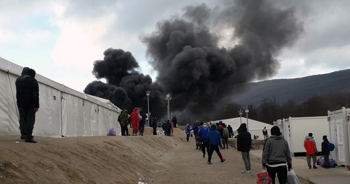 Fire breaks out in Bosnia migrant camp, deepening housing crisis thumbnail