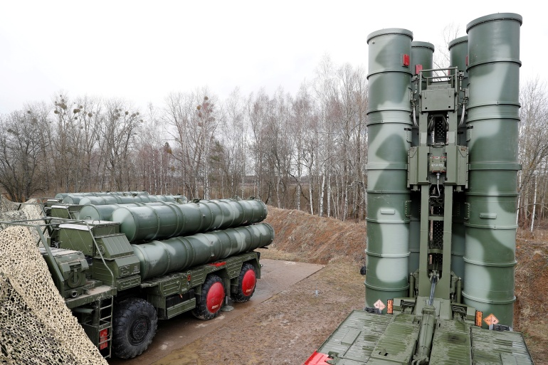 US says the S-400 system could be used by Moscow to secretly acquire classified information on NATO weaponry [File: Reuters]