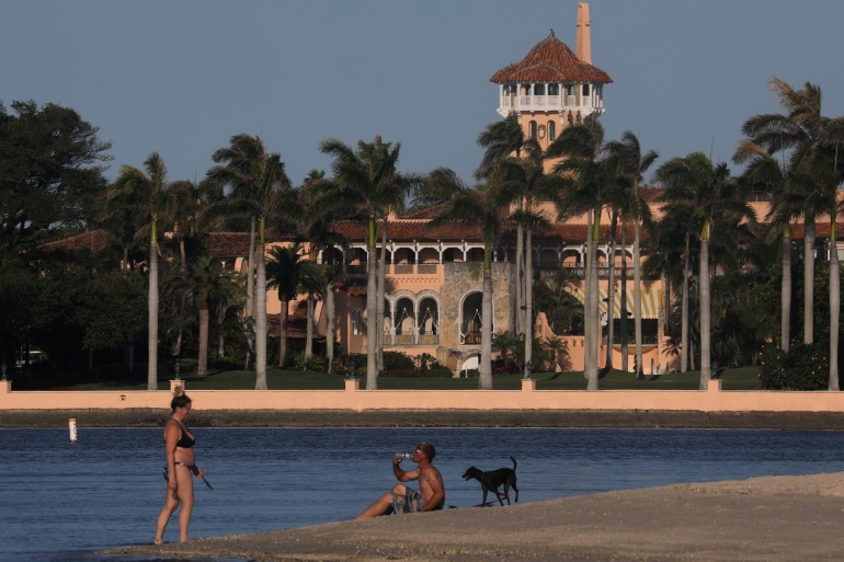 Trump faces resistance from post-presidency Florida neighbours   Donald Trump News