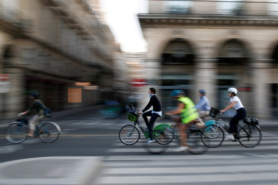 Paris wants to become a 'quarter-hour city' where most daily needs are within a 15-minute walk, bike ride or public transport commute [File: Gonzalo Fuentes/Reuters]
