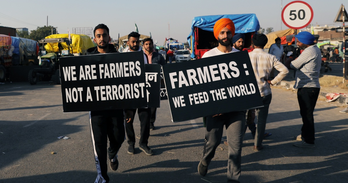 India's gov't, farmers to hold talks as protests continue