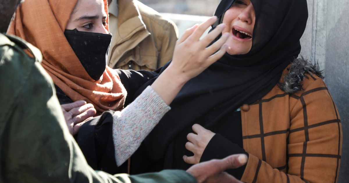 Kabul bomb attack kills women, children; lawmaker wounded - Al Jazeera English
