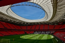 Athletic Club and Real Madrid play in an empty San Mames stadium during their Spanish La Liga football match in Bilbao, Spain, on July 5, 2020 [Alvaro Barrientos/AP Photo]