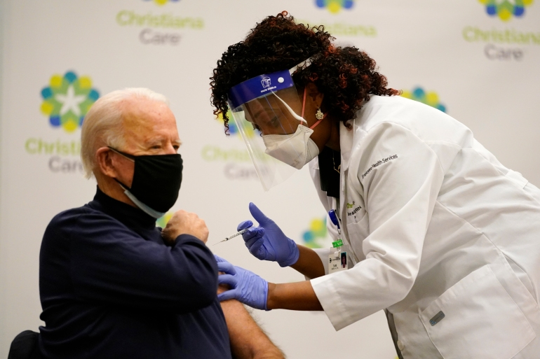 President-elect Joe Biden receives his first dose of the coronavirus vaccine at ChristianaCare Hospital in Newark, Delaware, December 21, 2020 [Carolyn Kaster/AP Photo]