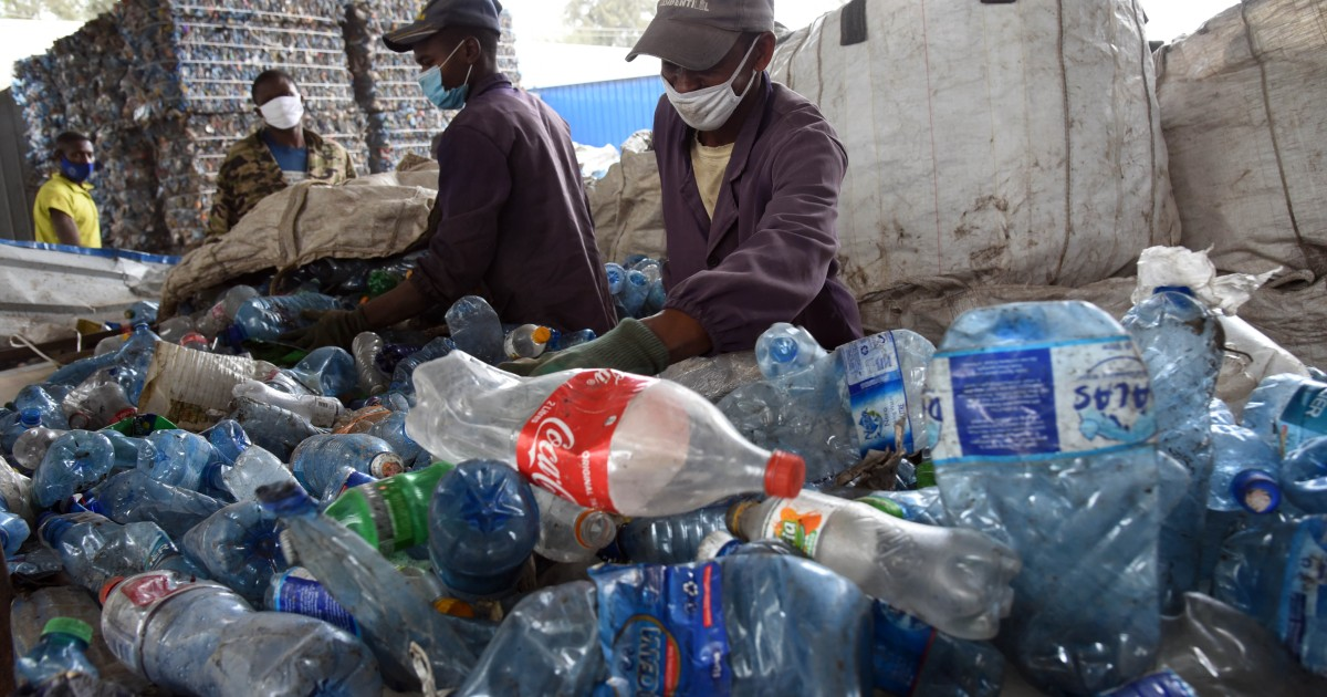Plastic under scrutiny: Bank lending to industry faces opposition