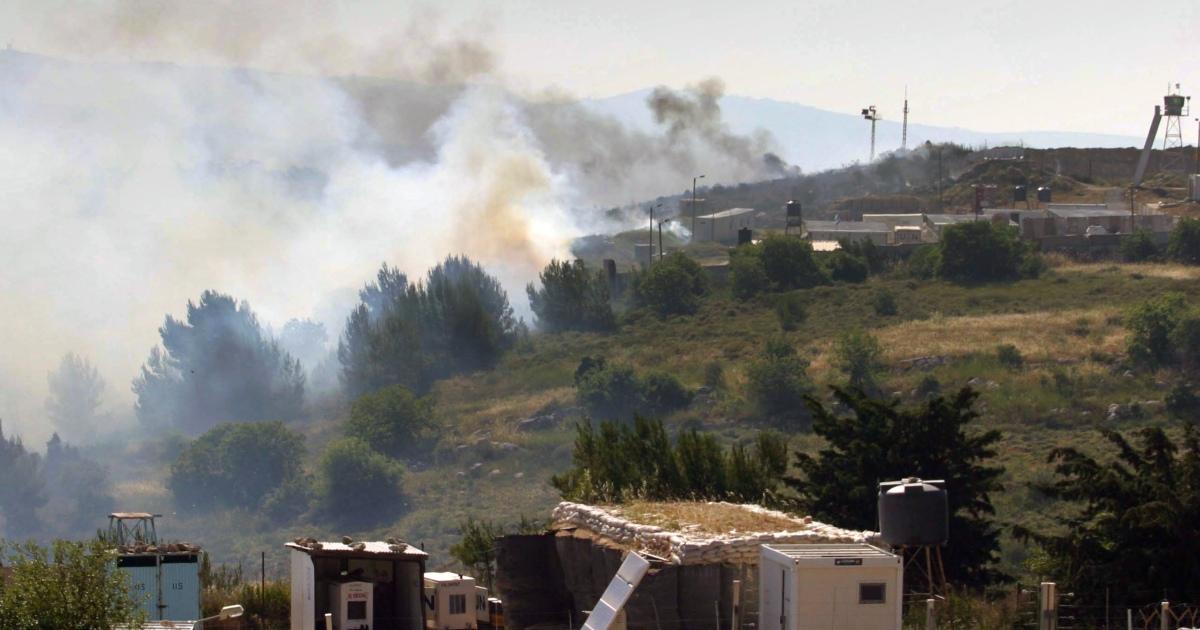 Di Lebanon, pesawat tempur Israel membuat takut populasi yang stress berat thumbnail