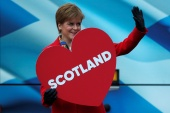 Sturgeon says 'the polls now show that a majority of people in Scotland want independence' [File: Reuters]