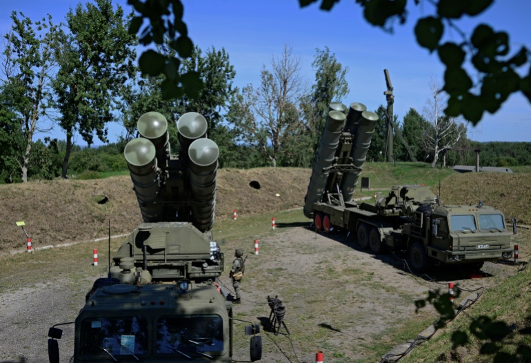 The Russian S-400 missile defence system is seen as a threat to NATO's weaponry [Vitaly Nevar/Reuters]
