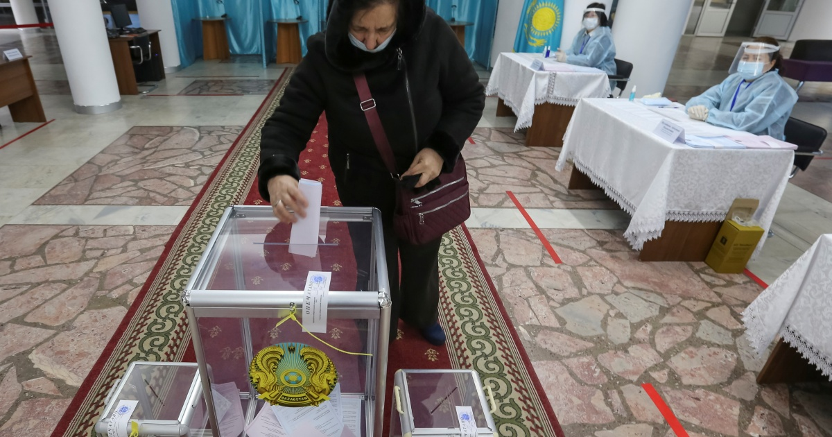 Kazakh ruling party set to sweep parliamentary polls amid boycott