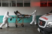 Hospitals in Manaus are overwhelmed by a new surge in COVID-19 cases [Bruno Kelly/Reuters]